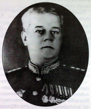 Боевой_комдив_В.Юшкевич